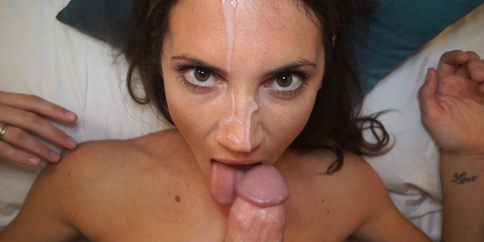 Hot girl getting cumshot